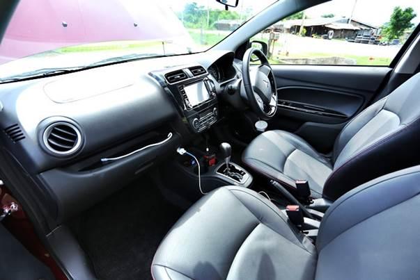 ภายในของ Mitsubishi Attrage