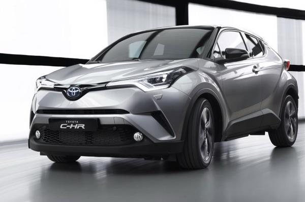 ด้านน้า Toyota C-HR 2017