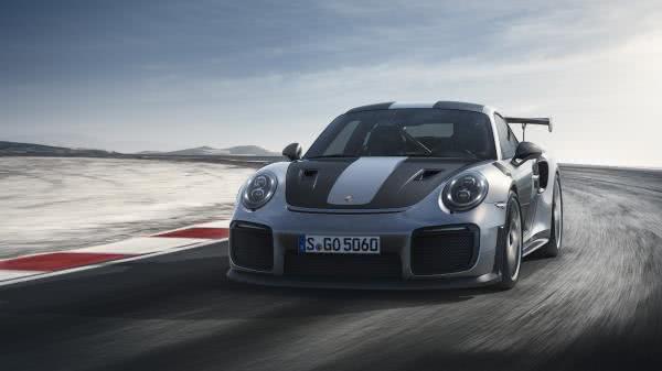 Porsche 911 GT2 RS ใหม่