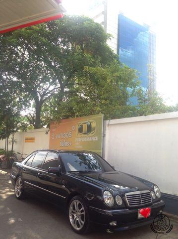 ขายรถ MERCEDES-BENZ E240 ที่ bangkok
