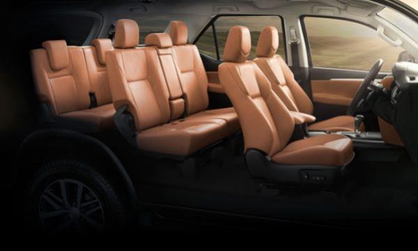 ดีไซน์ภายในห้องโดยสารของ Toyota Fortuner 2017 รุ่นปรับโฉมใหม่