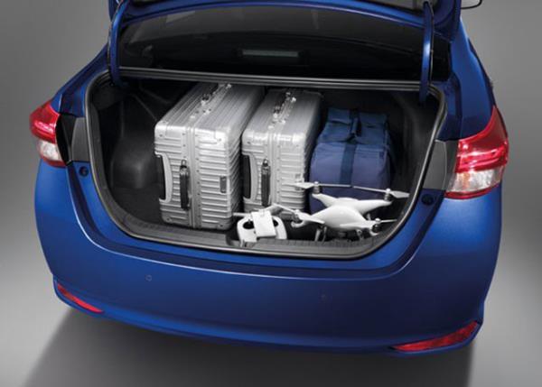 พื้นที่เก็บของของ Toyota Yaris ATIV 2017