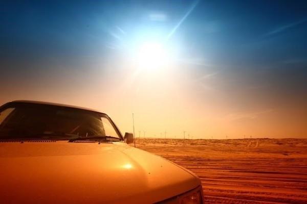 5 วิธีคลายร้อนให้รถ เมื่อต้องจอดรถตากแดด