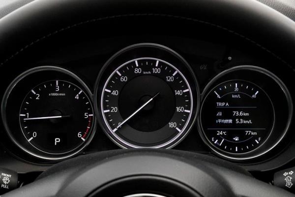 หน้าจอแสดงผลข้อมูลการขับขี่ ของ Mazda CX-8 2017 ใหม่