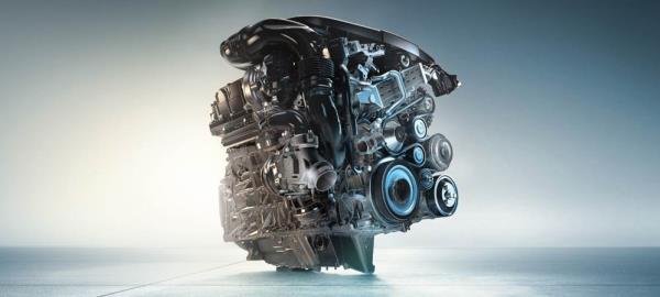 เครื่องยนต์ดีเซล TwinPower Turbo ขนาด 3 ลิตร 6 สูบ ใน X6xDrive30d ให้กำลังสูงถึง 160 กิโลวัตต์ (218 แรงม้า)