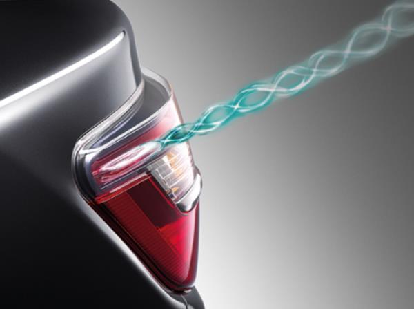 Aerodynamic Fin เพื่อช่วยในการปรับการไหลของอากาศข้างตัวรถ