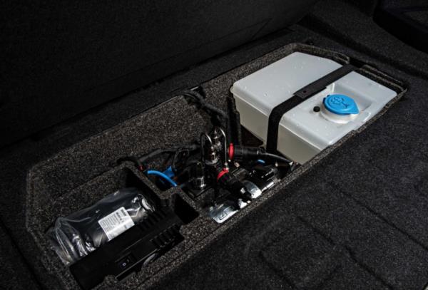 ถังน้ำความจุ 5 ลิตร ของระบบ Water Injection System