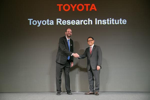 Toyota Research Institute Inc. (TRI) สำนักงานใหญ่อยู่ใกล้มหาวิทยาลัยสแตนฟอร์ด ศูนย์กลางของย่านซิลิคอนวัลเลย์สหรัฐอเมริกา