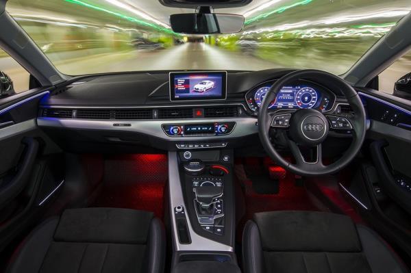 ภายในห้องโดยสาร A5 Coupe 40 TFSI