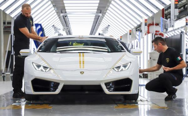 Saint Lamborghini Huracan