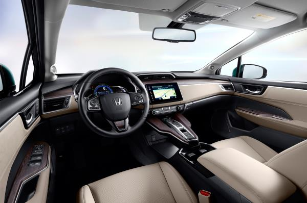 ภายในของ Honda Clarity Plug-in Hybrid