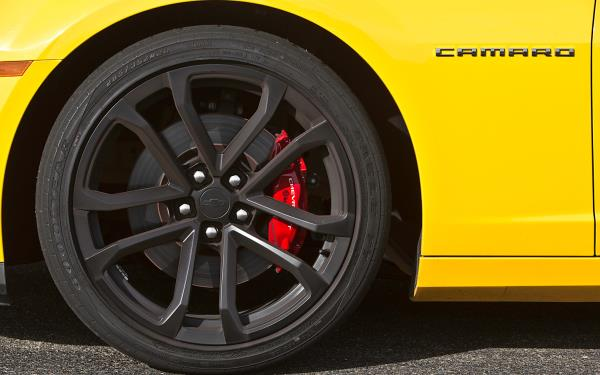 Chevy Camaro สวยทุกมุมมอง