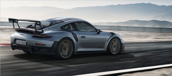 ภายนอกของ 2018 Porsche 911 GT2 RS