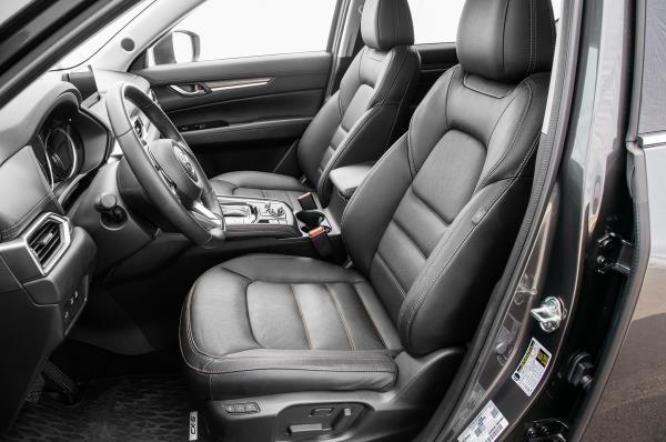 ภายในของ Mazda CX-5 2018