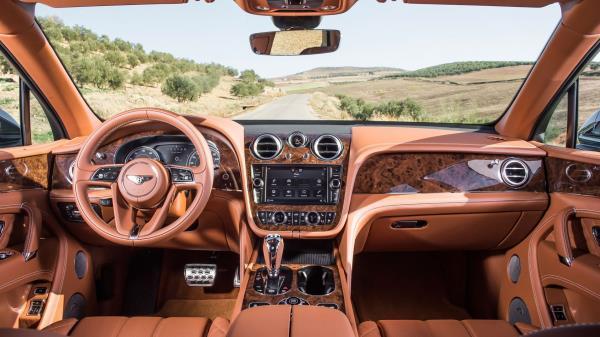 มาวิน!! เข้าอันดับที่ 1 สำหรับ SUV แรงที่สุดในยุคปัจจุบัน เบนท์ลีย์ เบนเทย์ก้า (Bentley Bentayga)