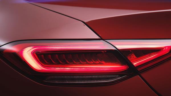 ไฟท้ายของ Mercedes CLS