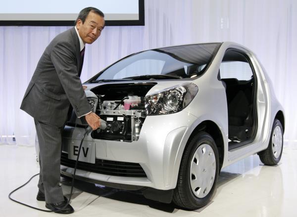 Takeshi Uchiyamada มองทิศทางรถยนต์ไฟฟ้า