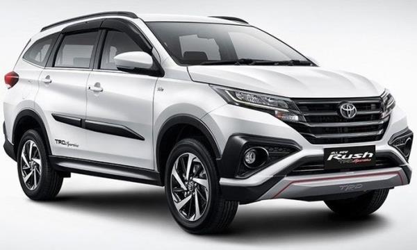 Toyota Rush 2018 โฉมใหม่  ไฟหน้าและไฟวิ่งกลางวันแบบ LED รวมถึงไฟท้ายแบบ LED แบบ Light Guiding