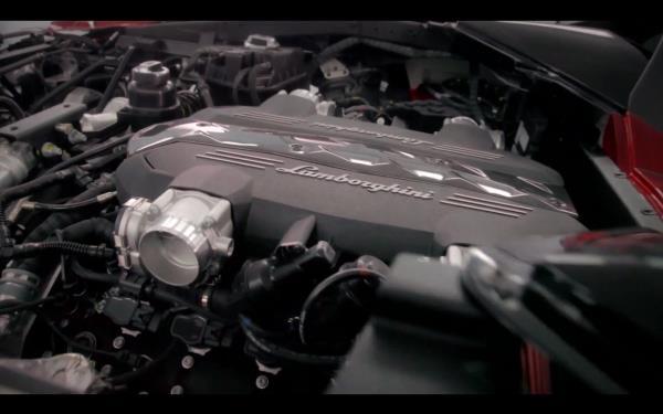ขุมพลังแบบ V8 เทอร์โบคู่ ขนาด 4.0 ลิตร รีดกำลังสูงสุดถึง 641 แรงม้า (HP) แรงบิดสูงสุด 850 นิวตัน-เมตร