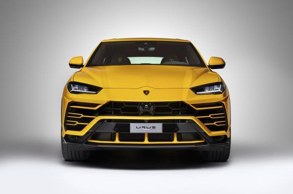 Lamborghini Urus 2018 ใหม่ ค่ากระทิงดุ ส่งเข้าประกวด