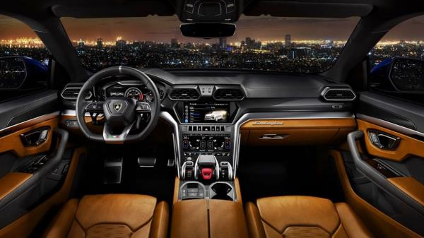 ภายในห้องโดยสารของ Lamborghini Urus 2018 เน้นความหรูหราควบคู่กับความสปอร์ต