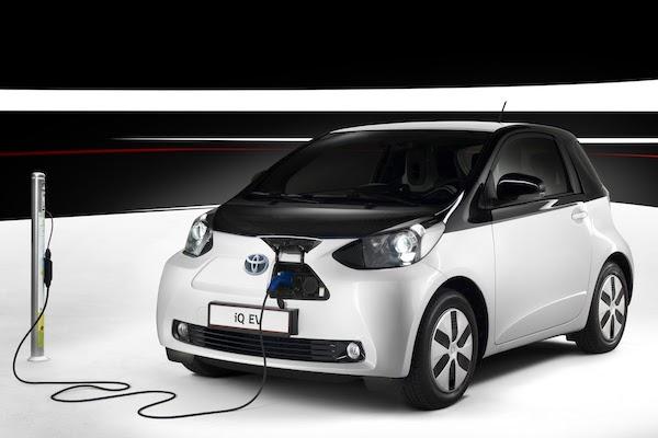 รถยนต์ไฟฟ้า Toyota