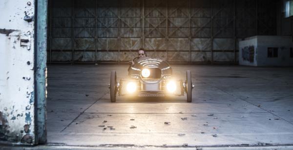 สุดแนว Morgan EV3 2018 ใหม่ รถสามล้อพลังงานไฟฟ้าสไตล์ Retro