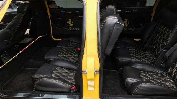 Ferrari 360 Limousine Interior