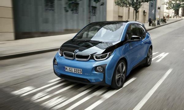 BMW ประกาศยอดขายรถยนต์พลังไฟฟ้าเกินเป้า 100,000 คัน ในสิ้นปี 2017