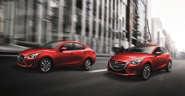 เปรียบเทียบภายนอก Mazda 2 2017 รุ่น Sport High Plus vs XD High Plus L