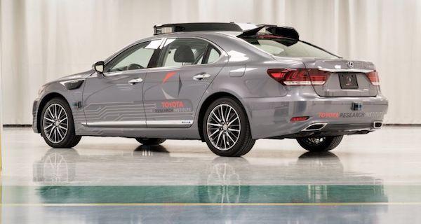 รถขับเคลื่อนอัตโนมัติ Toyota Platform 3.0