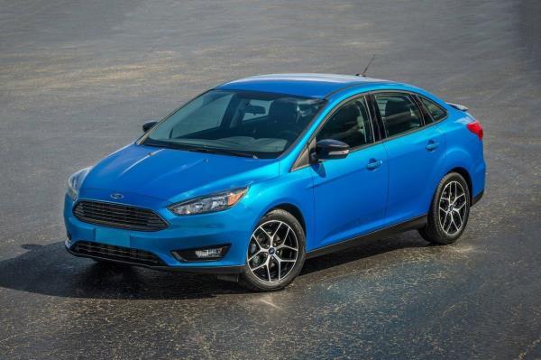 มุมมองภายนอกของ Ford Focus 2018