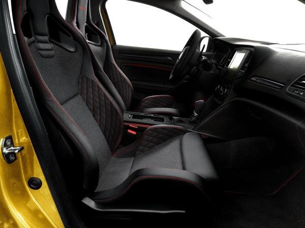 ภายในห้องโดยสาร Renault Megane RS  สง่างามด้วยเบาะคู่หน้าแบบสปอร์ต