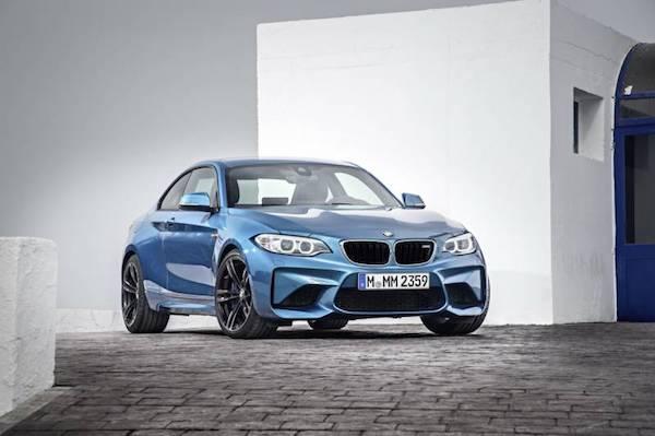 BMW M2 Coupe 2017 มากระจังหน้าในแบบเอกลักษณ์ของรถยนต์ตระกูล M
