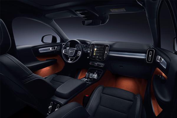 ภายในห้องโดยสานดีไซน์งามหยดย้อย สไตล์ Volvo XC40 ปี 2018 ใหม่