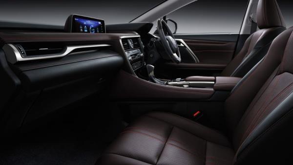 ภายใน Lexus RX 450h