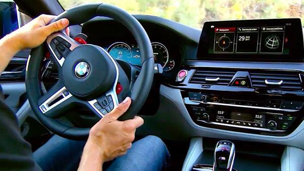 คุณสมบัติของ ALL NEW BMW M5