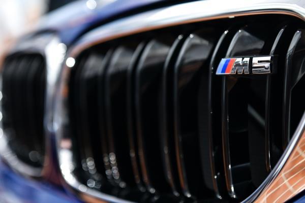 มุมมองภายนอกของ ALL NEW BMW M5