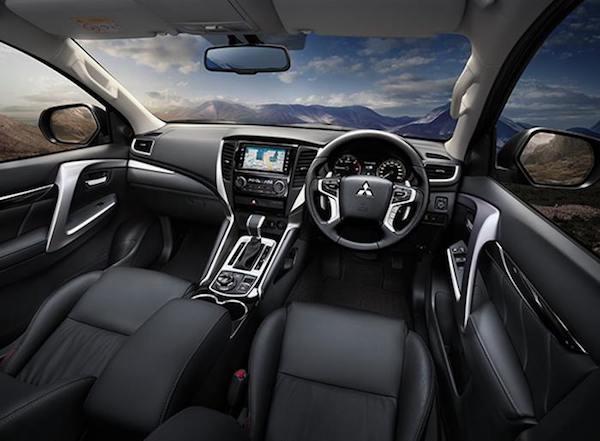 ภายใน Mitsubishi Pajero Sport 2018