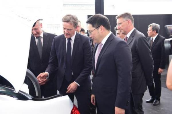 พิธีเปิดโรงงานแบตเตอรีของ Mercedes-Benz ประเทศไทย
