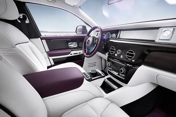 Rolls-Royce Phantom 2018 ภายใน