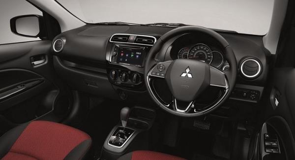 ภายในห้องโดยสารของ Mitsubishi Mirage Limited Edition