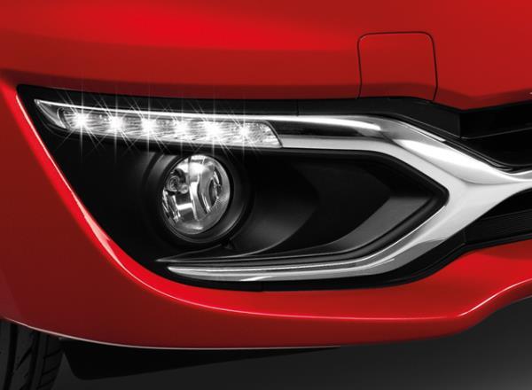 รูปโฉมเร้าใจของ Mitsubishi Mirage Limited Edition สีแดงเมทัลลิก (Red Metallic)