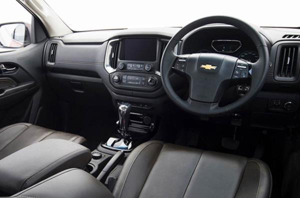 ภายในห้องโดยสาร Chevrolet Colorado Centennial Edition รุ่นปี 2018 ใหม่