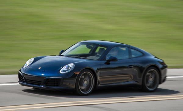 Porsche 911 Carrera คว้ารางวัล Best Super Car Under 4,000 cc.