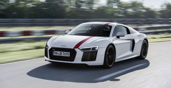 ภายนอกของ Audi R8 Coupe V10