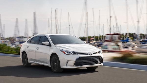 การออกแบบภายนอกของ Toyota Avalon 2018 โฉบเฉี่ยว