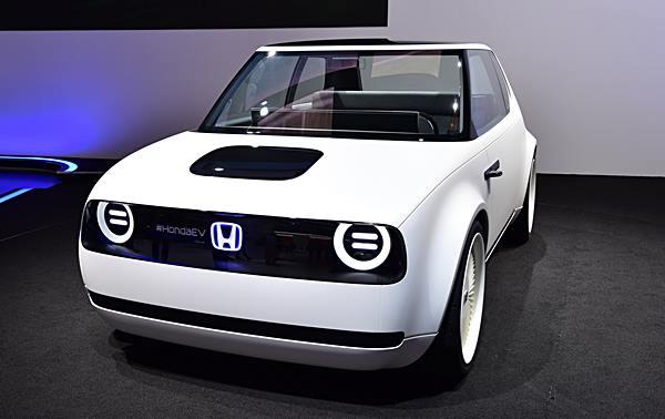 รถต้นแบบรถยนต์ไฟฟ้าค่ายฮอนด้า