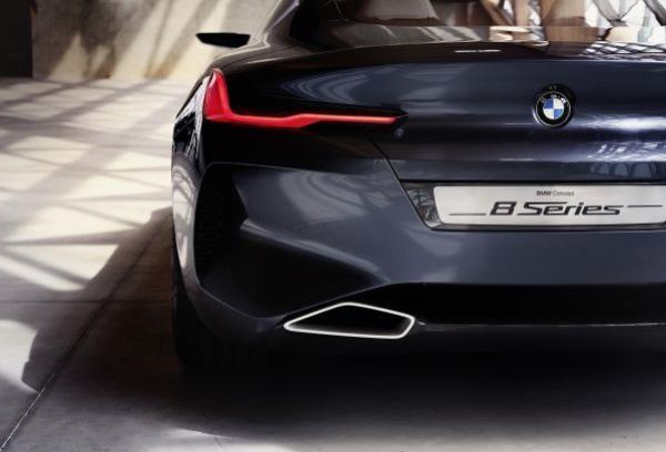 โฉมงามภายนอกของสปอร์ตคูเป้ทรงพลัง BMW 8 Series Concept