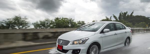 Suzuki Ciaz RS 2018 นั่งสบาย วิ่งทางไกล คุ้มค่า อัตราสิ้นเปลืองน้ำมันเฉลี่ยทำได้ 25.5 กิโลเมตรต่อลิตร